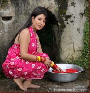 Karishma manandhar Rajesh Hamal kina kina4 (5)